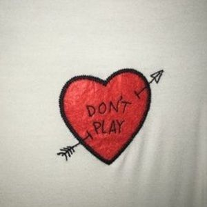 American Eagle Outfitters Tops - Don't play shirt